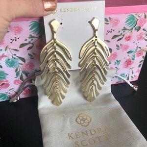 Kendra Scott NWOT Gold Lotus Statement Earrings
